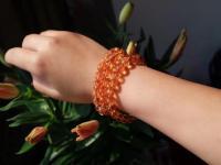 水晶是否可以与手表一起戴呢?水晶是否可以与其他手环一起戴呢?