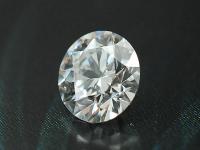 价格80万的5克拉钻石竟然是充填玻璃?跨境旅游买钻石的朋友要注意了!